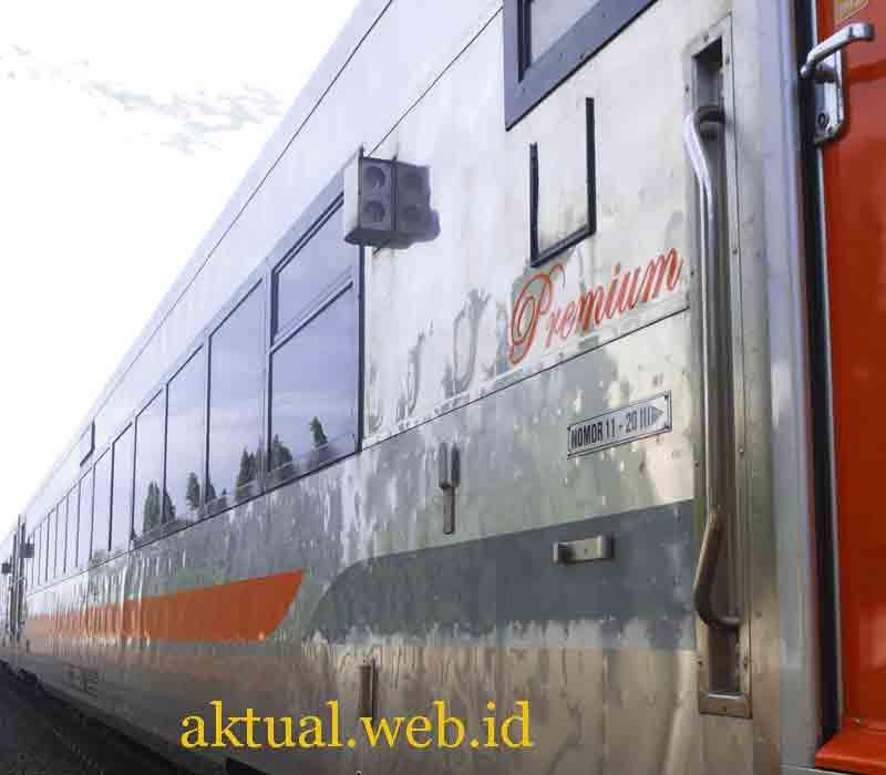 Nama Kereta Api Ekonomi Rasa Kereta Api Eksekutif