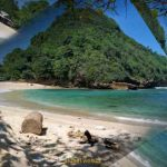Harga Tiket Masuk Pantai Watu Leter Malang Terbaru